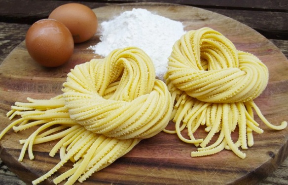 image of Natoora fresh egg linguine