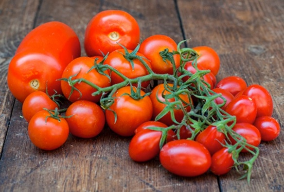 Image of Natoora tomatoes