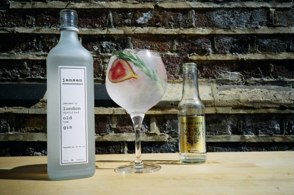 Jensen old Tom and tonic