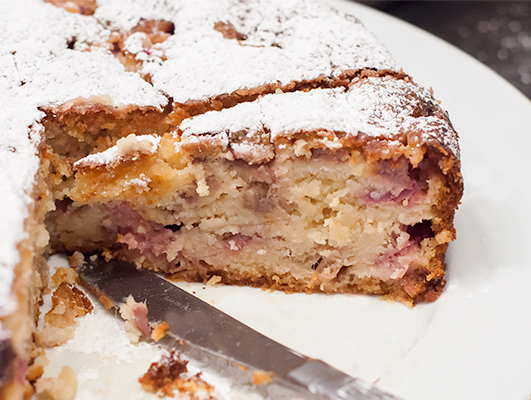 Rasbperry Rhubarb Cake